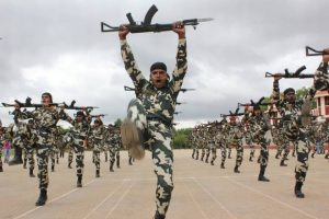 पुलवामा टेरर अटैक: सीआरपीएफ कश्मीर से कन्याकुमारी तक देशवासियों की करती है सुरक्षा, यह है इसकी स्थापना की कहानी