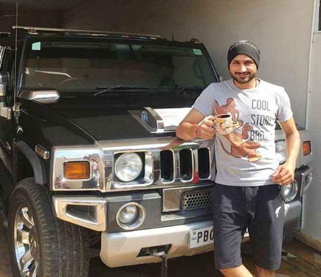 harbhajan_singh_car