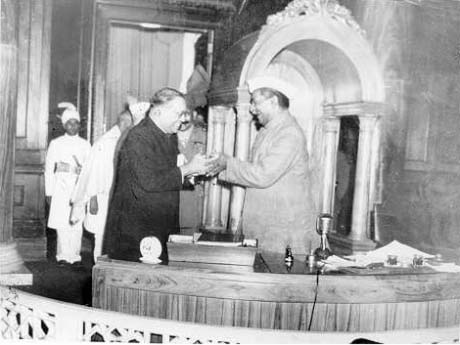 ambedkar giving constitution to assembly