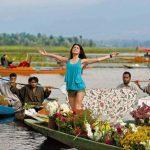 कश्मीर की खूबसूरती को बयां करने वाली बॉलीवुड की 6 फिल्में, इनमें से एक की शूटिंग के दौरान मौजूद थे 7000 लोग