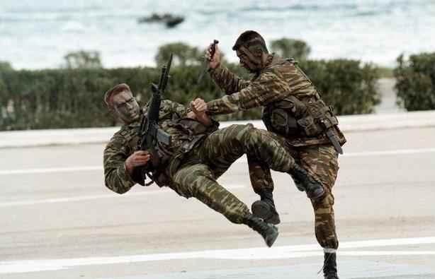 greek modern army