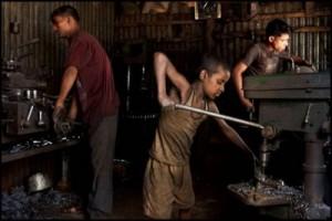 Child-Labour-In-India-02