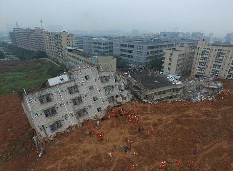 landslide01