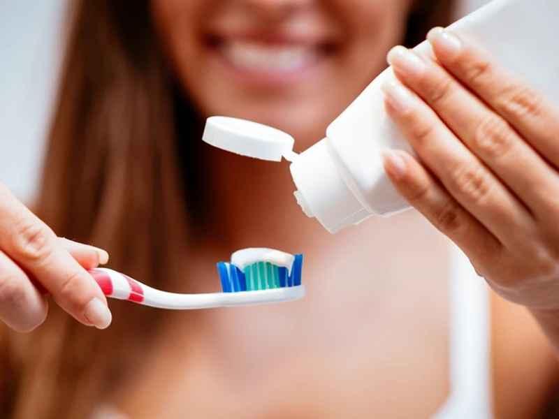 रोज टूथब्रश नहीं करते हैं तो जानलेवा बीमारी का खतरा, 20 साल की रिसर्च में चौंकाने वाले खुलासे