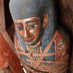 मिस्र में फिर मिलीं 25 हजार साल से दफन ममी, कब्र से सोने की मूर्तियां भी बरामद
