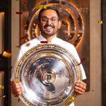 भारतीय मूल के बावर्ची का ऑस्ट्रेलिया में कमाल, मास्टरशेफ ट्रॉफी जीतकर नंबर वन शेफ बने