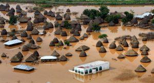 कोरोना के बाद नई आफत से घिरे 13 लाख लोग, 4 लाख को छोड़ना पड़ा घर