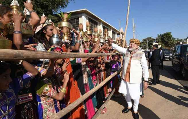 pm modi in gujarat1