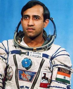 उस्मानिया यूनीवर्सिटी में पढ़ने वाले राकेश शर्मा कैसे पहुंचे अंतरिक्ष, जानिए पूरा घटनाक्रम