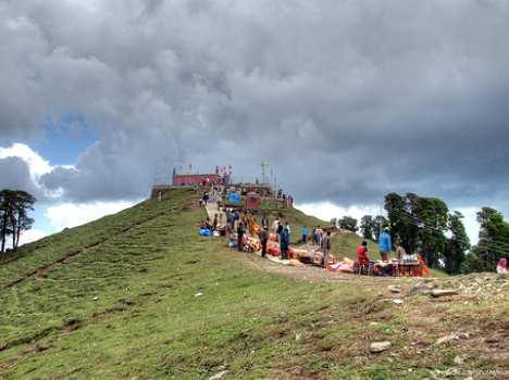 shikari-devi-temple-550404aae5ae5_exlst