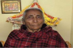 87 साल की उम्र में फिर पढ़ाई करने पहुँची लक्ष्मी, 1992 में हुईं थी रिटायर