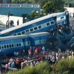 अब क्या रेल हादसे भी अगस्त में होते हैं? 2 लाख कर्मचारियों की कमी से जूझ रहा है रेलवे!