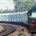 यात्रियों की भीड़ का रेलवे ने निकाला हल, चलेंगी स्पेशल ट्रेनें!