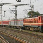 अगर लेट हुई ये ट्रेनें, तो रेलवे मुफ्त में यात्रियों को देगा पानी