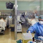कोरोना से मरने वालों में सबसे ज्यादा पुरुष, 2.70 फीसदी मरीज ऑक्सीजन के सहारे, देखें स्वास्थ्य मंत्रालय के आंकड़े