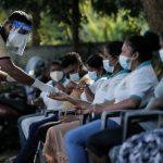 भारत की मदद से श्रीलंका में शुरू हुआ टीकाकरण, जानें भारतीय वैक्सीन से किन देशों में हो रहा वैक्सीनेशन