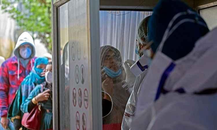 6 दिन बाद कोरोना संक्रमितों की संख्या में गिरावट, मार्च 2020 के बाद हाईएस्ट हुआ रिकवरी रेट