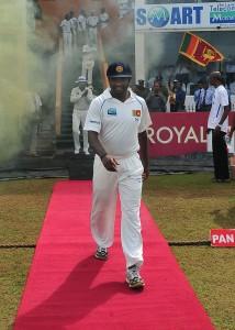 भारत पर जीत के साथ श्रीलंका ने दिया मुरली को तोहफा