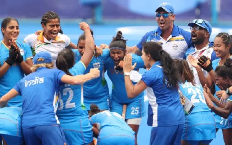 तीसरे प्रयास में महिला हॉकी टीम ने ओलंपिक में रचा इतिहास, जीत की हीरो बनी किसान की बेटी, अगली टक्कर इस टीम से