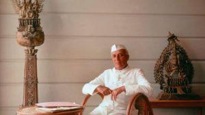 जवाहरलाल नेहरू के लिए प्लेन से मंगवाई गई थी इस ब्रांड की सिगरेट, ये था पूरा किस्सा