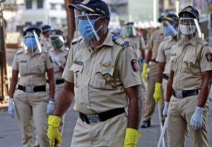 सीमा पर तैनात जवानों पर 'हमला' कर रहा कोरोना, 4 हजार से ज्यादा पुलिसकर्मी पॉजिटिव